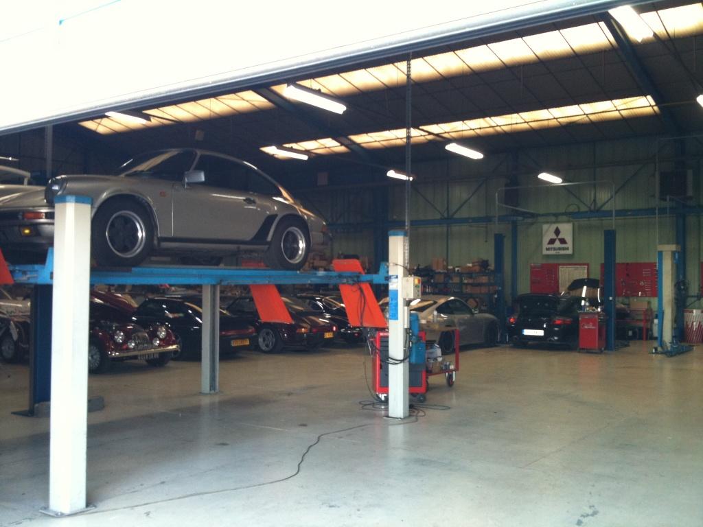 996 cot de sa p 39 tite soeur 2 roues for Garage bourgoin poitiers