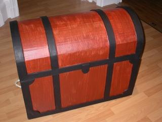 carton malle de pirate. Black Bedroom Furniture Sets. Home Design Ideas