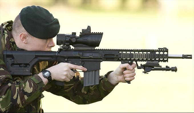 Top HK 417 en dotation dans l'armée française pour le sniper ,texte+  ND58