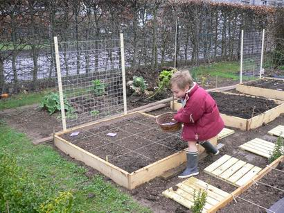Jardin en carr s for Site jardinage pas cher
