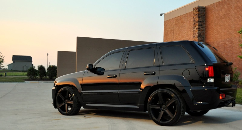 blacked out jeep srt8 sayin hey page 3. Black Bedroom Furniture Sets. Home Design Ideas